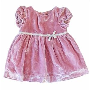 Babygap velvet short sleeve dress with bow